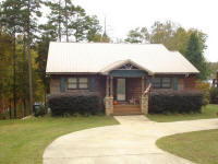 LH673 � NEW LISTING! ASK FOR BRIAN! Call Lake Wedowee Real Estate today!